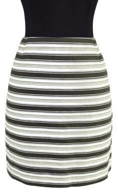 28864e7902 Michael Kors Green Striped Linen Made In Italy Pencil Skirt Size 6 (S, 28)