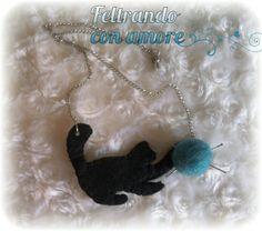 #Collana #gattino con #pallina di #feltro
