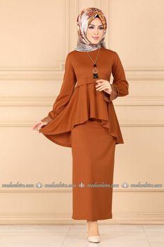 Muslim Fashion, Hijab Fashion, Fashion Dresses, Hijab Outfit, Dress Outfits, Cool Outfits, The Dress, Peplum Dress, Bridal Hijab