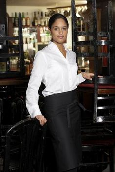 How to dress for a waitressing interview!