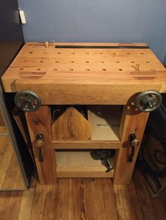 Finally, I wanted to share some pics of my petit Roubo bench and the corner of my home office I chipped away for handtool woodworking. Woodworking Bench Vise, Woodworking Workshop, Woodworking Crafts, Woodworking Videos, Youtube Woodworking, Woodworking Classes, Teds Woodworking, Woodworking Magazine, Woodworking Apron