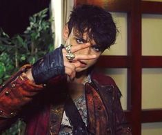 Thomas Doherty as Harry Hook Disney Channel Descendants, Descendants Cast, Descendants Characters, High School Musical, Dreamworks, Dove And Thomas, Harry Hook, Mal And Evie, Anne Mcclain