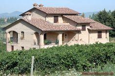 mediterranes Satteldach-Haus
