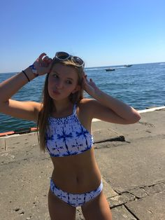 40 Lovely Spring And Summer Bathing Suits Ideas Beautiful Look - Swimsuits and Lingerie - Bathing Suits For Teens, Summer Bathing Suits, Swimsuits For Teens, Cute Bathing Suits, Summer Swimwear, Cute Swimsuits, Mädchen In Bikinis, Cute Bikinis, Teen Bikinis