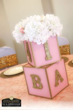 Custom Baby Blocks: these blocks are just adorable. Painted pink, gold glittered numbers and letters really make this piece pop! Baby Shower Purple, Gold Baby Showers, Floral Baby Shower, Baby Shower Gender Reveal, Baby Shower Themes, Shower Ideas, Baby Boy Shower, Baby Shower Gifts, Pink Und Gold