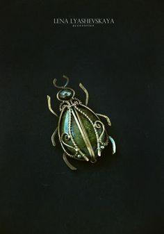 Lena Lyashevskaya - Cute bug; intricate wrapping.