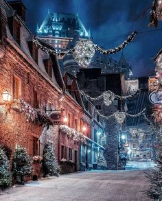 Hello December Quebec, Canada from – Best Shares Christmas Scenes, Christmas Photos, Quebec City Christmas, Canada Christmas, Christmas 2019, Stone Facade, Winter Scenery, Winter Magic, Winter Beauty