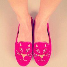 Pink cat face flats!