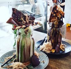 Chocolate Mint & Snickers Freakshakes at Sugar Buns Bakery Cafe