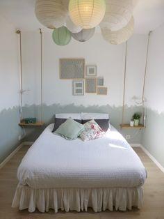 L'atelier J a réalisé toute la déco originale de cette chambre : chevets balançoires, suspensions aériennes...