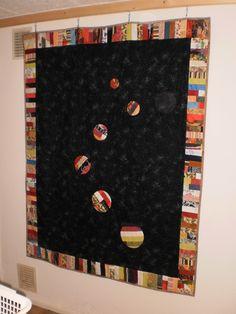 Quilt, ca,129 x 166 cm groß, Top aus Baumwolle, Rücken aus Fleecestoff, hanfgequilltet  Baumwolle 40% Polyester 60%