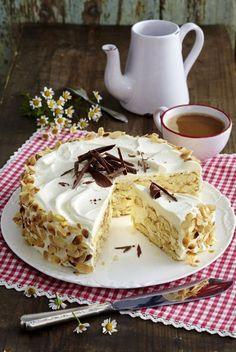 Unser beliebtes Rezept für Malakoff-Torte und mehr als 55.000 weitere kostenlose Rezepte auf LECKER.de.