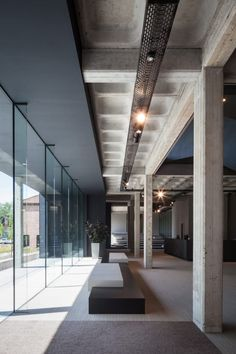 Steven Vandenborre Architecten, Tim Van de Velde · AGO HQ