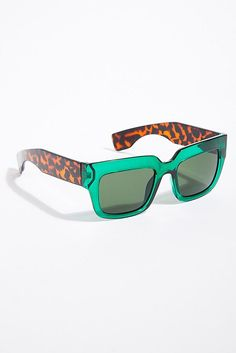 e1bfb65aff Slide View 2  SoHo Square Sunglasses Hair Decorations