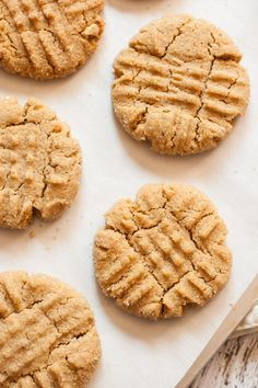 The Best Vegan Peanut Butter Cookies from mycaliforniaroots.com, a vegetarian food blog.