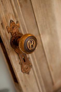 Monogrammed door knob #doorknobs