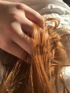 """""""Good morning my love"""" Delia whispered as she ran her fingers through Patsy's soft, ginger hair Ginny Weasley, Hermione Granger, Claire Fraser, Jamie Fraser, These Broken Stars, It Ends With Us, Peinados Pin Up, Lily Evans, Jolie Photo"""