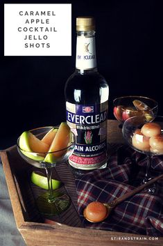 This post is brought to you by Everclear. Recipes and ideas are my own. Are you ready to start talking holiday entertaining? Wasn't it just August? I'd say it feels tha… Everclear Drinks, Apple Jelly, Fall Cocktails, Cocktail Making, Mixed Drinks, Caramel Apples, Cocktail Recipes, A Food, Eat