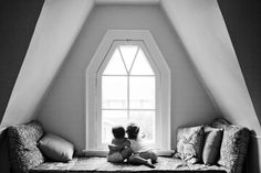 Love the room, love the decor and how gorgeous are the kids at the window?! #kids #loft
