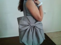gray bow purse, made it for my sister