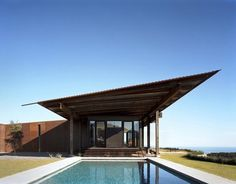 Olson Kundig Architects - Projects - Tom Kundig: Houses 2 - love the roof line