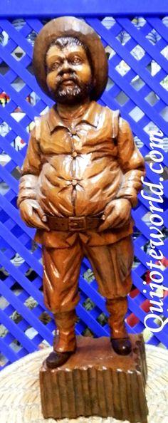 Figuras Don Quijote de la Mancha. Artesanías en madera y tallado en madera para la decoración de interiores. Piezas únicas hechas a mano, artesanía irrepetible. Traidas directamente de la imaginación de nuestros artesanos.Aquí puedes ver nuestro catalogo de figuras madera: www.quijoteworld.... . Para ver más productos visita: www.quijoteworld.com
