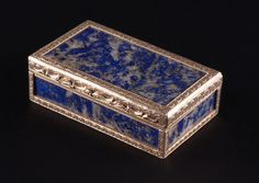 """A LAPIS LAZULI AND RED GOLD BOX 19th century Continental. 1""""H x 3.5""""W x 2.25""""D."""