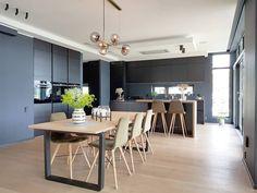 10 hjem malt i sophisticated blue 4744 fra Jotun. Malta, Conference Room, Kitchens, Colour, Furniture, Home Decor, Colors, Color, Homemade Home Decor