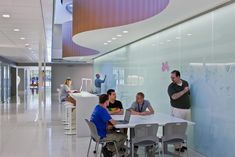 Image 2 of 19 from gallery of Lorain County Community College iLOFT / Sasaki Associates. Photograph by Scott Pease Learning Spaces, Learning Environments, Community College, Academic Success Center, Restaurant Hotel, Student Lounge, Space Classroom, Modern Library, Library Design