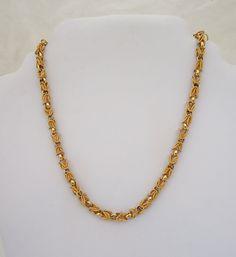 Gold Mangalsutra Designs, Gold Earrings Designs, Jewellery Designs, Gold Designs, Gold Jewelry Simple, Gold Jewellery, Gold Bangles, Bridal Jewelry, Jewlery