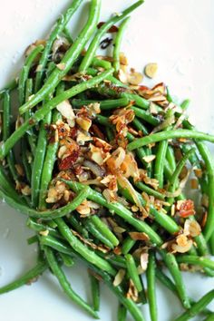 Parmesan & Toasted Almond Green Beans- Nutritionella– ENJI Daily