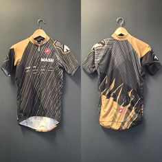 「Take this home with you on Saturday! The winner of the MASH Ten Year Race will take this podium jersey, and other incredible prizes home. See you soon!…」