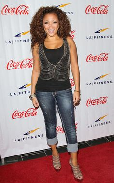 Chante Moore-- always dress so fAb!!!!