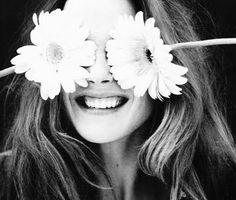 Y entonces un día te das cuenta que todo empieza de nuevo y la sonrisa vuelve a ser la dueña de tu vida.