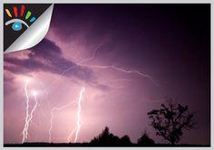 Hoe fotografeer je Bliksem. Bliksem of bliksemschichten fotograferen is voor iedereen een uitdaging. Wat moet je wel en niet doen bij onweer. #fotografietip
