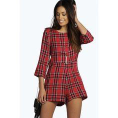 Boohoo Daisy 3/4 Sleeve Tartan Playsuit ($26) ❤ liked on Polyvore featuring jumpsuits, rompers, playsuit romper, red romper, 3/4 sleeve romper и print cami