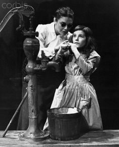 Anne Bancroft and Patty Duke in The Miracle Worker Alabama, The Miracle Worker, Patty Duke, Anne Sullivan, Shakespeare In Love, Anne Bancroft, Theatre Plays, Deaf Culture, Vintage Hollywood