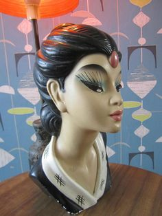 vintage 50s 60s TRETCHIKOFF ORIENTAL LADY TABLE LAMP chalkware space age kistch