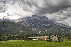 Louka a hory
