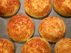 Kasarli (Török sajtos zsemle) | Erikaaa receptje - Cookpad receptek Canapes, Bakery, Muffin, Cooking Recipes, Favorite Recipes, Bread, Breakfast, Food Ideas, Addiction