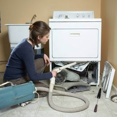 Cleaning Inside the Dryer and Dryer Vent - The Family Handyman Diy Home Cleaning, Household Cleaning Tips, Toilet Cleaning, House Cleaning Tips, Deep Cleaning, Spring Cleaning, Cleaning Hacks, Household Chores, Cleaning Checklist