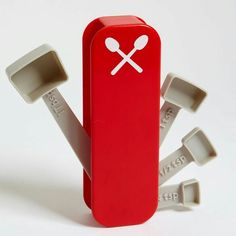 Swiss Measuring Spoons--I love it! No more losing your measuring spoons! Cool Kitchen Gadgets, Cool Gadgets, Cool Kitchens, Kitchen Gifts, Kitchen Stuff, Funny Kitchen, Kitchen Things, Kitchen Products, Kitchen Ideas