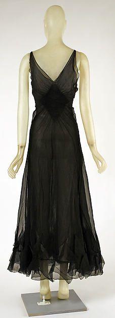 Evening dress Designer: Madeleine Vionnet (French, Chilleurs-aux-Bois 1876–1975 Paris) Date: 1937 Culture: French Medium: silk