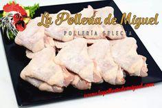 Alitas de Pollo Frescas Las Alitas son la parte de las extremidades del pollo. Fáciles de encontrar y económicas. Las alitas de pollo pueden servirse como entremeses calientes o como un plato principal limpias para disfrutar, Puedes hacerlas al Horno o en la freidora. todo un placer. #comidista #gastronomia #alitas #comida #restaurantes #comer #food #madrid #spain #rico