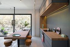 Open keuken met eiland voor 55m2 appartement