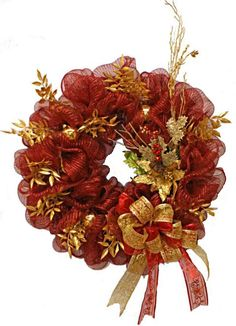 A.C. Moore Holiday Deco Mesh Wreath #decomesh #wreath #christmas