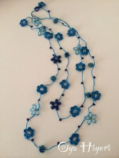 ブルーの小花ラリエット - oya日和