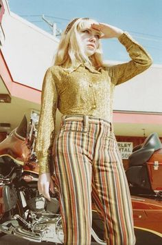 Tavi shot by Petra Collins for Oyster Mag Oyster Magazine, Tavi Gevinson, Petra Collins, Vintage Hotels, San Fernando, Summertime Sadness, Elle Fanning, Dressed To Kill, Retro Futurism