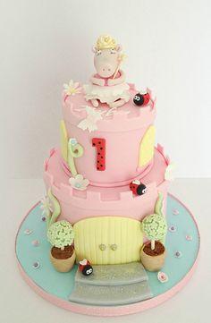 Peppa Pig Castle cake - Swirls Bakery Nottingham
