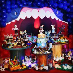 Mais uma amostra da festa do Pinóquio na boca da Baleia... durante a semana mostraremos mais detalhes. ❤Contato01@exclusiveventos.com.br decoração por Girlaine e Lander #exclusiveventosdecor 1st Birthday Parties, Birthday Cake, Birthday Ideas, Diy, Baby Shower, Persona, Party, Celebrations, Instagram
